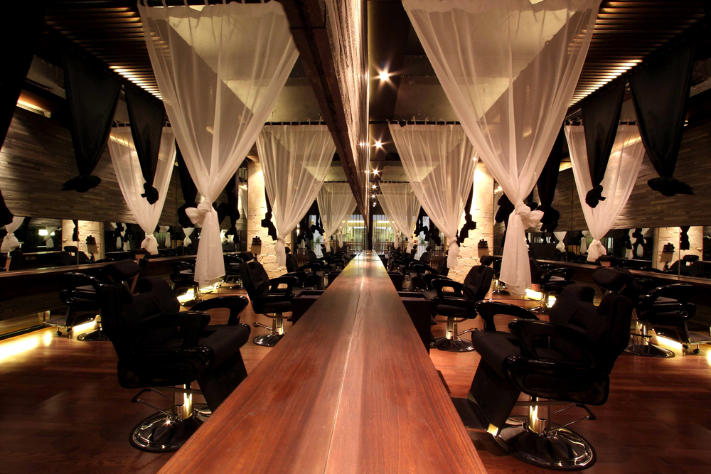 Nice hair salon interior design on japanese hair salon interior design pictures hair salon for Look 4 design salon